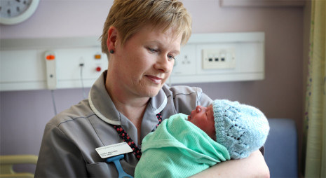 maternity services 465x254